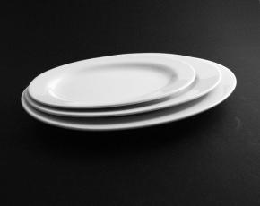 Value Whiteware Oval Plate