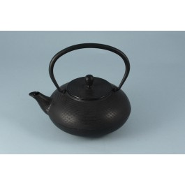Oriental Range Tea Pot Black, shiny circular lines  80cl