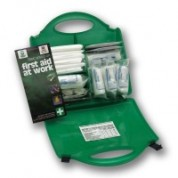 HSE Catering First Aid Kit 10 Person Includes First Aid Guidance Letter x 1Sterile Dressing (Medium) x 6Sterile Dressing (Large) x 2HypaBand Triangular Bandage x 4Safety Pins (12 Assorted) x 1Sterile Eye Dressing x 2Blue Detectable Washproof Plast